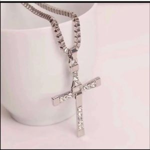 Other - New 18 k white gold necklace cross